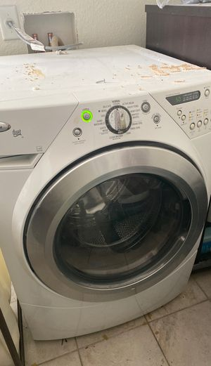 Whirlpool washer/dryer set *gas* for Sale in Sanford, FL
