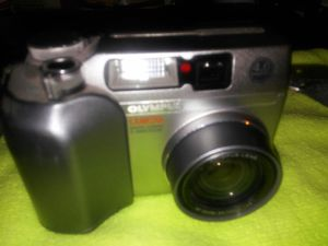 OLYMPUS C-4000 for Sale in North Las Vegas, NV