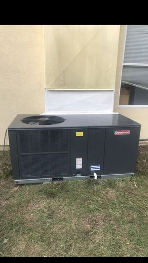 Goodman 4 ton mobile home package Air Condition unit for Sale in Orlando, FL