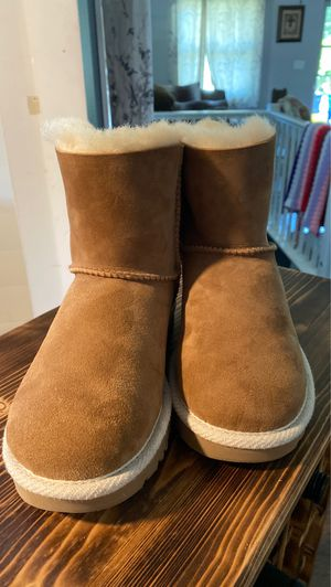 Selena uggs for Sale in Portland, OR