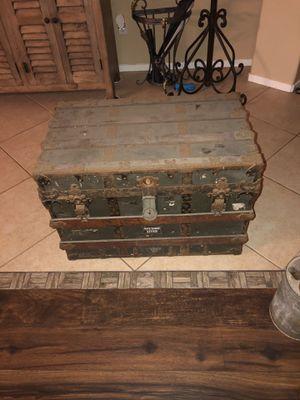 Vintage antique trunk for Sale in Chula Vista, CA