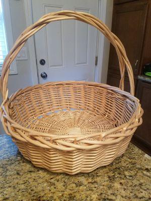"20"" large basket, home decor storage laundry bin for Sale in Gresham, OR"
