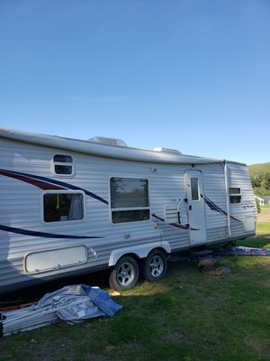 2006 Jayco Jay Flight 29ft Camper with slide out for Sale in Somers, CT