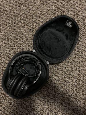 Audio Technica ATH-M40x Headphones + Hard Headphones Case for Sale in Phoenix, AZ