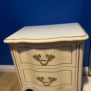 Vintage French provincial night stand obo for Sale in Glendale, CA
