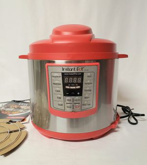 Instant Pot Lux 6-in-1 Electric Pressure Cooker; 6 Quart, Red for Sale in Twentynine Palms, CA