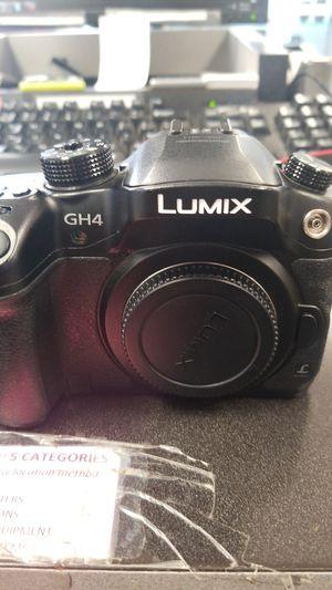 Panasonic gh4 camera for Sale in Austin, TX