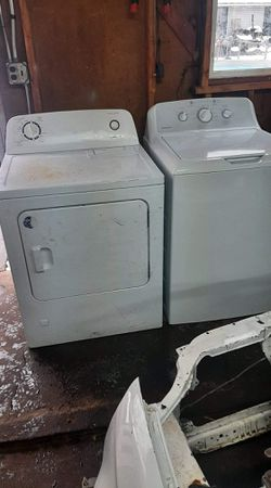 Washer and dryer for Sale in Cleveland,  OH