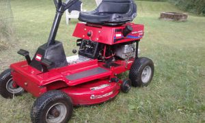 Toro wheel horse riding lawn mower tractor for Sale in North Olmsted, OH