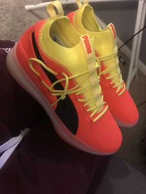 Clyde court puma size 10 for Sale in Orlando, FL