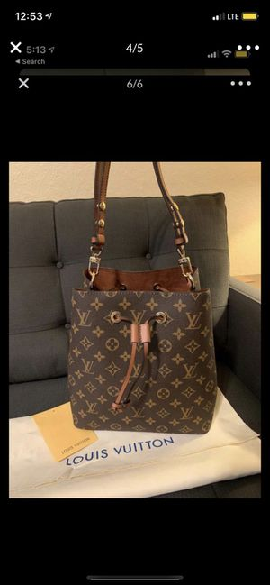 louis vuitton, new bag, last unit available for pickup, we deliver with a small fee. for Sale in Winter Garden, FL