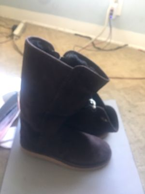 Size 6 uggs for Sale in Los Angeles, CA