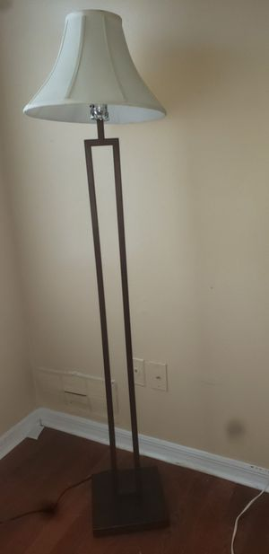 Stand up lamps for Sale in Kissimmee, FL