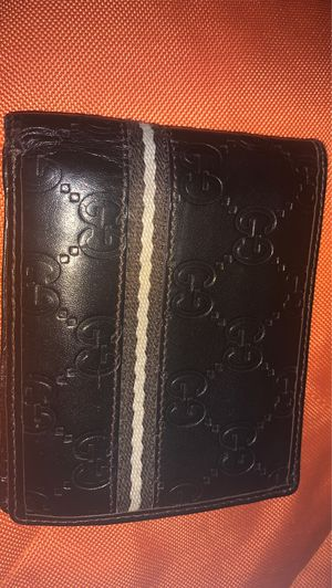 GUCCI BI-FOLD WALLET AUTHENTIC MEN's DARK BROWN LEATHER for Sale in Norfolk, VA