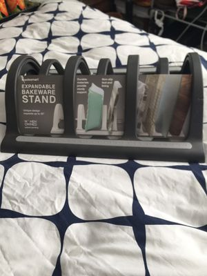 Expandable bakeware stand for Sale in Aspen Hill, MD