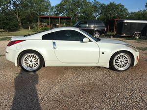 2003 Nissan 350Z touring. 3.5l High performance V6 with K&N air filter. High performance exhaust. Tinted Windows. New tires and rims new JL Audio sys for Sale in San Angelo, TX