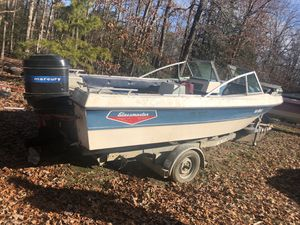 900 mercury motor and boat for Sale in Fredericksburg, VA
