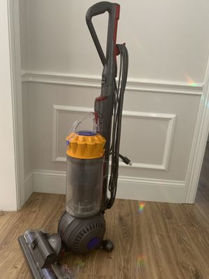 Dyson Ball total clean vacuum for Sale in Sugar Land, TX