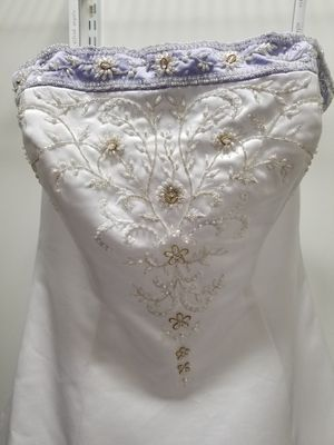 Alfred Angelo embroidered wedding gown, size 12/14. PICK-UP ONLY for Sale in Columbus, OH