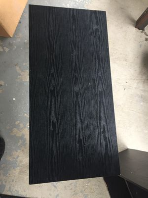 Black end table for Sale in Columbus, OH