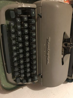 Vintage Remington Typewriter for Sale in San Clemente, CA
