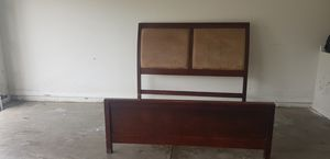 Queen Bed with frames for Sale in Clermont, FL