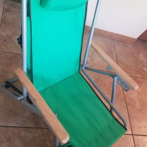 New Beach Chair From Green Room, Backpack Strap And Cup Holder, 3 Positions for Sale in Mission Viejo, CA