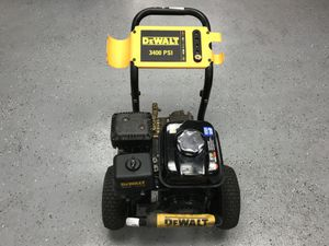 Dewalt DXPW3245 3,400 Psi 2.5 Gpm Gas Pressure Washer Honda GX200 Motor (NO Hose Or Wand) $349.99 for Sale in Tampa, FL