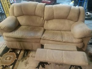 Recliner couch for Sale in South Salt Lake, UT