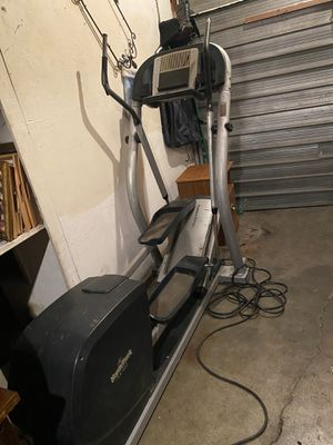 NordicTrack CX 1055 power ramp elliptical works great for Sale in Stockton, CA