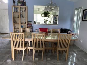 6 chair dinner table and bookshelves for Sale in Orlando, FL