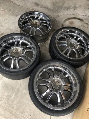 """20"""" Chrome Rims Universal 5X112 & 5X114.3 for Sale in Orland Park, IL"""