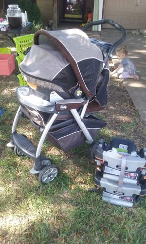 Car Seat, Stroller, 2 Car Docks, Much More for Sale in Lucas, TX