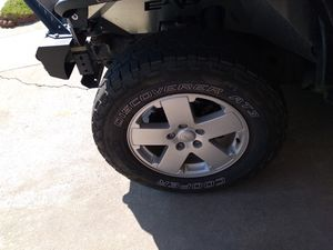 18 inch jeep wheels tires like new for Sale in Fontana, CA