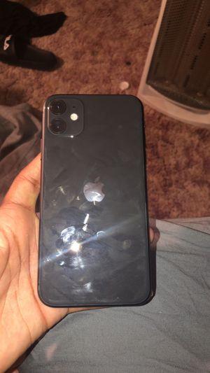 iPhone 11 for Sale in Kalamazoo, MI