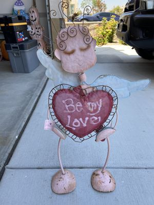 Valentines Day Yard Decoration for Sale in Jurupa Valley, CA