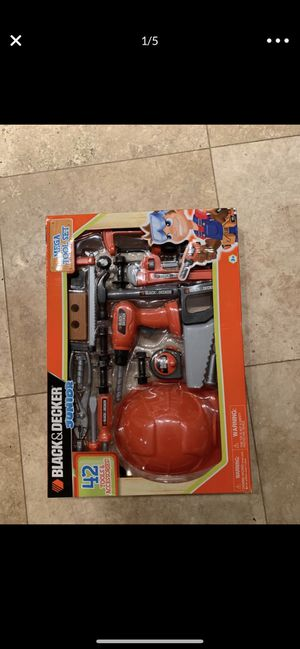 Black & Decker 42 pieces tool & accessories, brand new for Sale in New Port Richey, FL