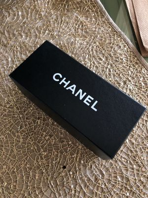 Chanel sunglass case ... complete with glass case,dust bag,lenses cloth and authenticity card for Sale in San Diego, CA