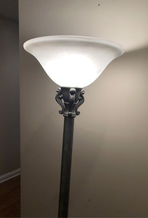 "Brushed aluminum floor lamp 2 light settings 69"" tall for Sale in Hawthorn Woods, IL"