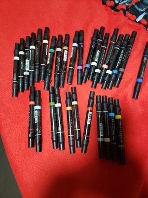 30 dual tip Prismacolor markers**USED ONCE** for Sale in Colorado Springs, CO
