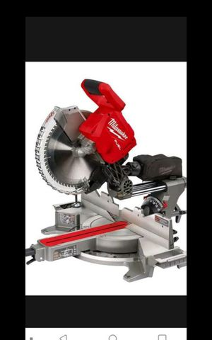 """MILWUAKEE M18 FUEL BRUSHLESS ONE KEY 12""""IN SLIDING MITER SAW TOOL ONLY BRAND NEW for Sale in San Bernardino, CA"""