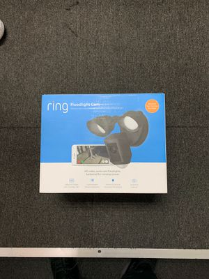 Ring floodlight camera black or white for Sale in Queens, NY
