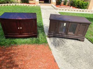 Free tv stands on the curb for Sale in Brandon, FL