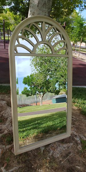 """28"""" x 52.5"""" Ivory Wall Mirror for Sale in North Las Vegas, NV"""