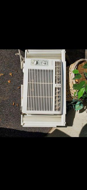 Window ac unit for Sale in Gallatin, TN