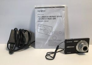 Olympus FE-20 8.0MP Digital Camera - Silver w/ Case, Manual, & Charger for Sale in Orlando, FL