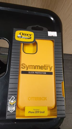 Yellow Otter Box!! Sleek Protection, Drop Protection Certified, Easy on/off!!!! for Sale in San Angelo, TX