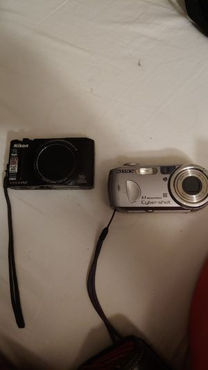 2 digital cameras for the price of 1 for Sale in Sacramento, CA