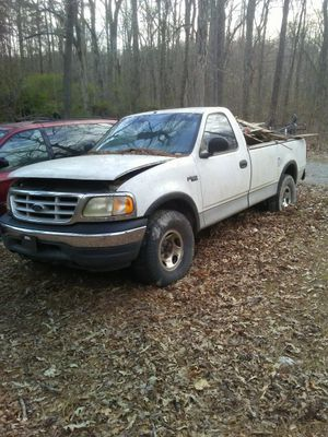 Number 9 ford f150 4x4 6 cylinder for Sale in Blackstone, VA