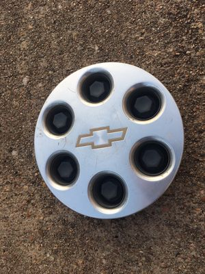 Chevy lug nut cover for Sale in Houston, TX